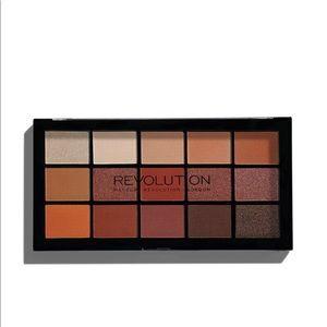 Makeup Revolution Reloaded Palette- Iconic Fever